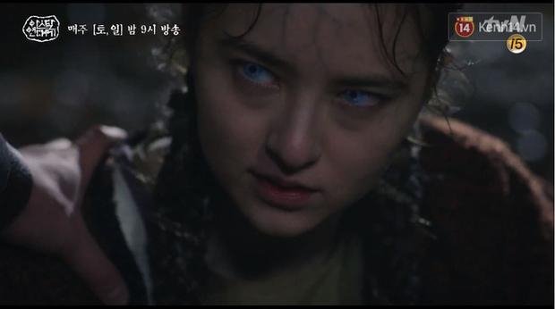 Arthdal Niên Sử Kí tập 15: Kinh hoàng với trận đại thảm sát, Kim Ji Won suýt chết thảm 3 lần nếu không có Song Joong Ki! - Ảnh 14.