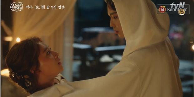 Arthdal Niên Sử Kí tập 15: Kinh hoàng với trận đại thảm sát, Kim Ji Won suýt chết thảm 3 lần nếu không có Song Joong Ki! - Ảnh 1.
