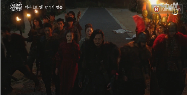 Arthdal Niên Sử Kí tập 15: Kinh hoàng với trận đại thảm sát, Kim Ji Won suýt chết thảm 3 lần nếu không có Song Joong Ki! - Ảnh 8.