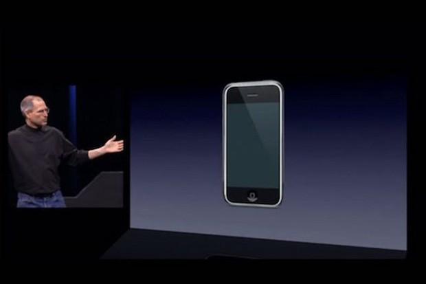 Bí mật về vở kịch hoàn hảo của Apple khi ra mắt iPhone đầu tiên: Một giây sảy chân là lụn bại cả đời - Ảnh 2.