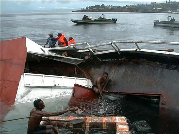 Tai nạn đường thủy tại Ấn Độ và Congo làm 83 người thiệt mạng, mất tích - Ảnh 1.