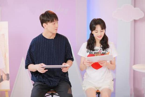 Nguồn tin thân cận tiết lộ thái độ thực sự của bố Trịnh Sảng dành cho con rể CEO rởm khiến netizen bất ngờ - Ảnh 1.