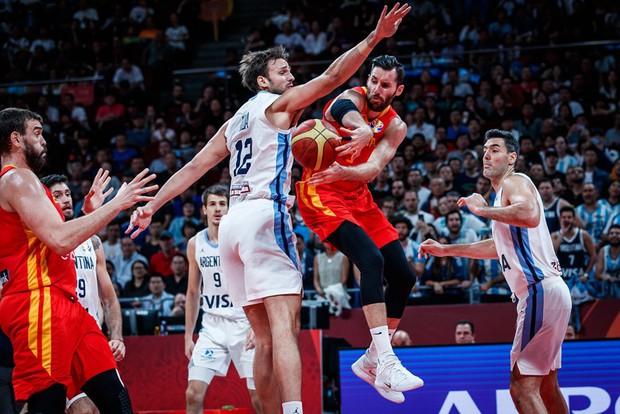 Chấm dứt câu chuyện cổ tích của Argentina, Tây Ban Nha lần thứ 2 chạm tay vào cúp vô địch FIBA World Cup 2019 - Ảnh 3.