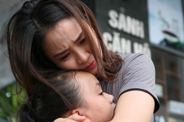 """""""Hoa Hồng Trên Ngực Trái"""": Cha mẹ cứ hạnh họe nhau đi, tổn thương con cái gánh chịu cả! - Ảnh 6."""