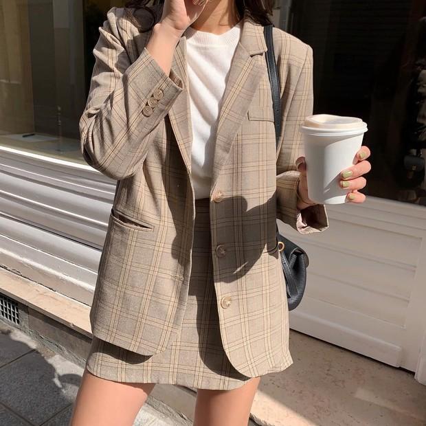 Cứ tin các BTV thời trang mà đu theo 5 xu hướng sau, sẽ chẳng ai tiếc lời khen bạn mặc đẹp và trendy hết nấc - Ảnh 6.