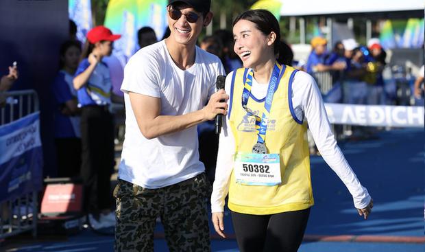 Hóa ra Hoa hậu Việt Nam Thu Thủy duy trì nhan sắc trẻ trung, vóc dáng khỏe mạnh là nhờ chạy bộ! - Ảnh 10.