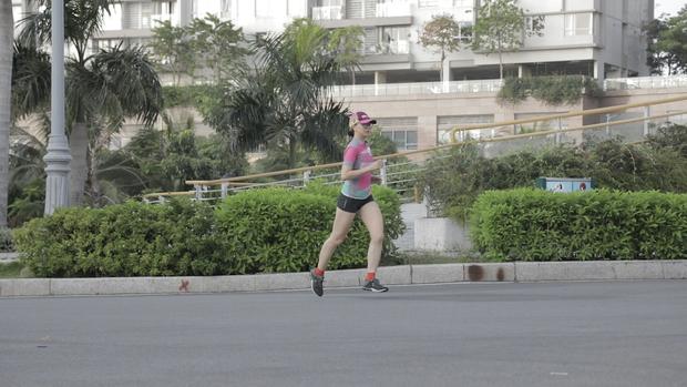 Hóa ra Hoa hậu Việt Nam Thu Thủy duy trì nhan sắc trẻ trung, vóc dáng khỏe mạnh là nhờ chạy bộ! - Ảnh 6.
