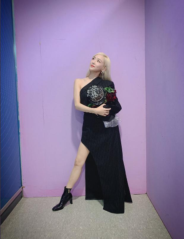 Lộ diện trên show hát mặt nạ, Tiffany khiến fan ấm lòng khi nói: Bây giờ, sau này, mãi mãi là SNSD! - Ảnh 3.