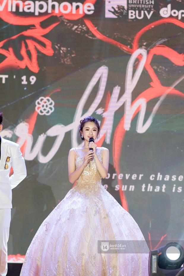 Nếu có một trường THPT nào ở Hà Nội vừa lắm trai xinh gái đẹp lại toàn con nhà sang chảnh, tổ chức event xịn xò thì đó là Amsterdam! - Ảnh 4.