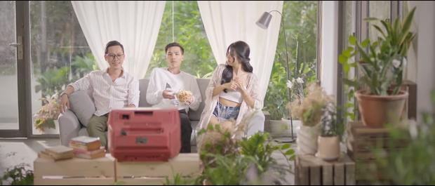 MV ca khúc ViruSs viết cho LMHT đang gây sốt, hotgirl Quỳnh Mai tưởng nữ chính ngôn tình hóa ra chỉ là nữ phụ đam mỹ - Ảnh 2.