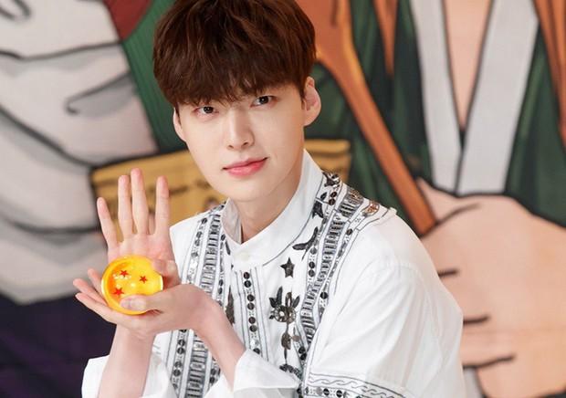 Ồn ào ly hôn với Goo Hye Sun, Ahn Jae Hyun tự rời khỏi show thực tế vì sợ ảnh hưởng đến đồng nghiệp - Ảnh 1.
