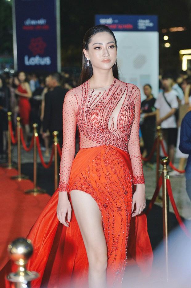Hiếm khi nhiều Hoa hậu, Á hậu đình đám lại hội tụ hết ở một sự kiện thảm đỏ và màn đọ sắc cùng khung hình còn đỉnh hơn - Ảnh 2.