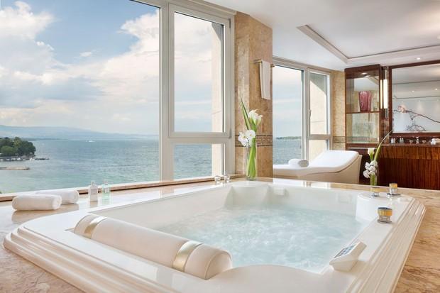 Dám cá bạn sẽ không tưởng tượng nổi những gì có trong phòng khách sạn đắt nhất thế giới, giá gần 2 tỷ/đêm đâu! - Ảnh 7.