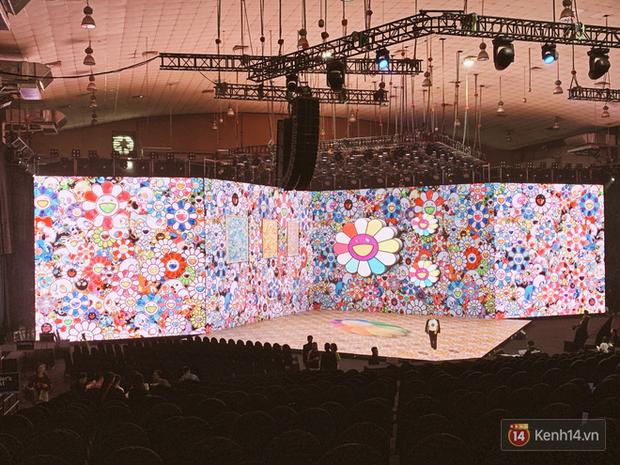 Lộ ảnh sân khấu ra mắt MXH Lotus trước giờ G: Màn hình khủng mãn nhãn, công nghệ hiệu ứng 3D hoành tráng - Ảnh 15.