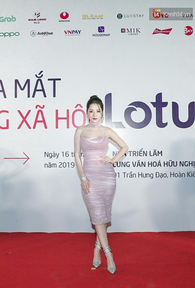 Dáng chuẩn như chai Coca, bảo sao Chi Pu cứ chăm diện đầm ôm khoe body sexy từng milimet - Ảnh 2.