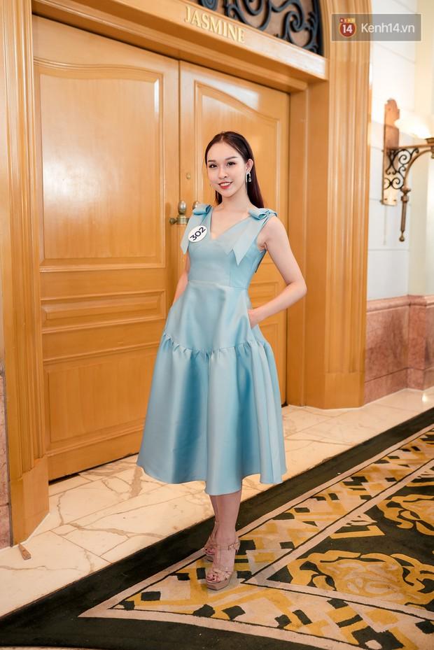 Hoa hậu Hoàn vũ Việt Nam đổ bộ miền Bắc: Tường Linh khoe vòng eo 53, mỹ nhân người dân tộc thiểu số gây chú ý - Ảnh 16.