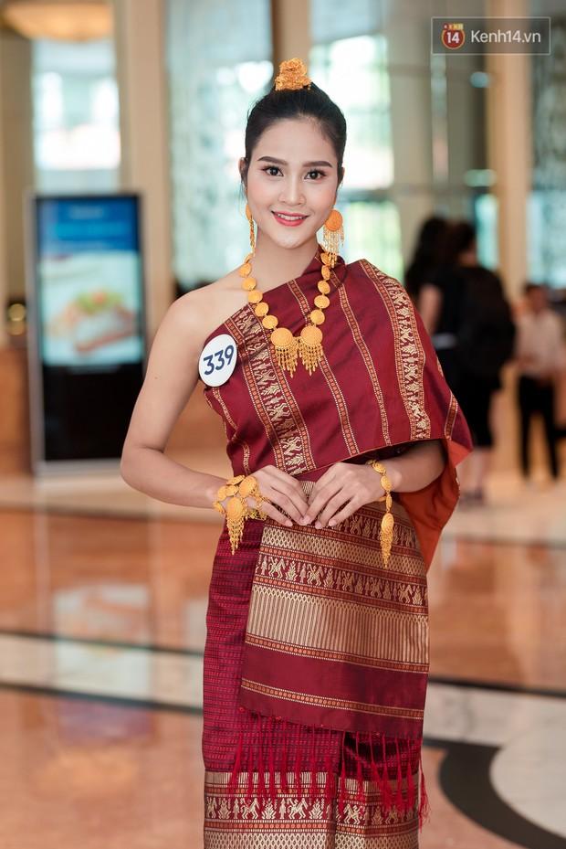 Hoa hậu Hoàn vũ Việt Nam đổ bộ miền Bắc: Tường Linh khoe vòng eo 53, mỹ nhân người dân tộc thiểu số gây chú ý - Ảnh 7.