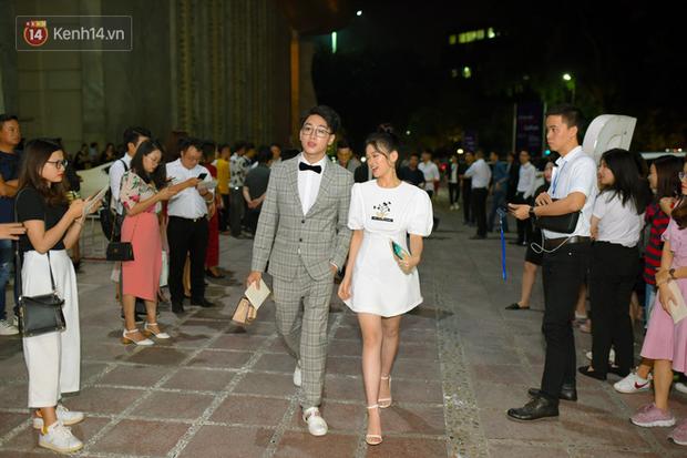 Dàn hot teen toả sáng tại ra mắt MXH Lotus: Linh Ka sánh đôi cùng hot face Lê Bảo, vợ chồng Heo Mi Nhon tình tứ - Ảnh 3.