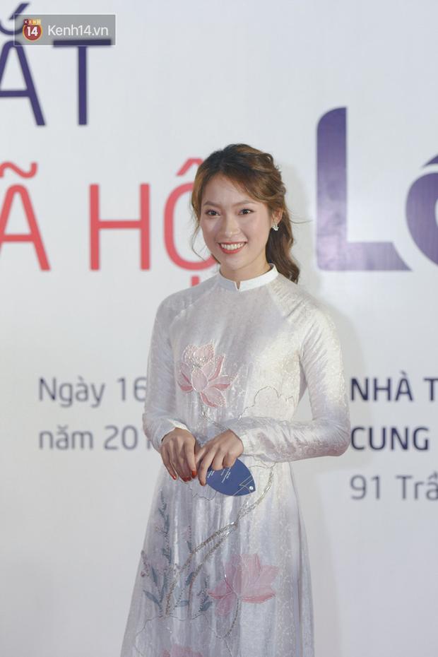 Dàn hot teen toả sáng tại ra mắt MXH Lotus: Linh Ka sánh đôi cùng hot face Lê Bảo, vợ chồng Heo Mi Nhon tình tứ - Ảnh 8.