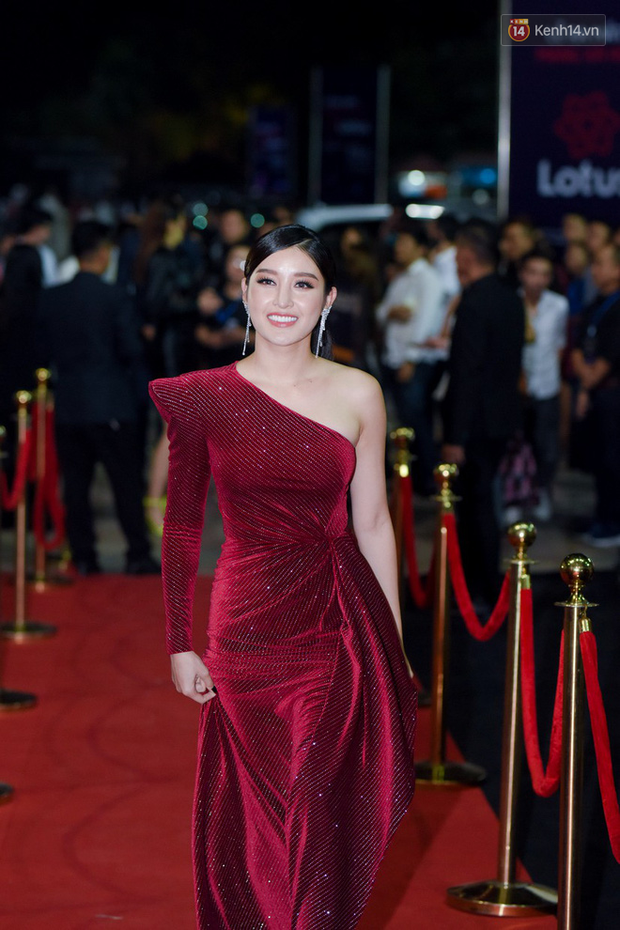 Hiếm khi nhiều Hoa hậu, Á hậu đình đám lại hội tụ hết ở một sự kiện thảm đỏ và màn đọ sắc cùng khung hình còn đỉnh hơn - Ảnh 9.