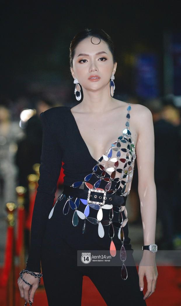 Hiếm khi nhiều Hoa hậu, Á hậu đình đám lại hội tụ hết ở một sự kiện thảm đỏ và màn đọ sắc cùng khung hình còn đỉnh hơn - Ảnh 3.