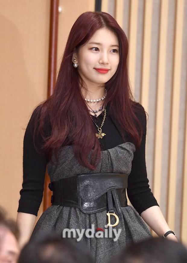 Lee Seung Gi trở lại bảnh bao xuất sắc tại sự kiện, Suzy gây choáng vì mặt phì nhiêu nhưng sao vẫn xinh thế này? - Ảnh 6.