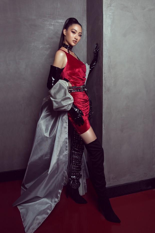 Tân Hoa hậu Lương Thùy Linh lột xác hầm hố, sải bước catwalk thần thái khó nhận ra sau 1 tháng đăng quang - Ảnh 4.