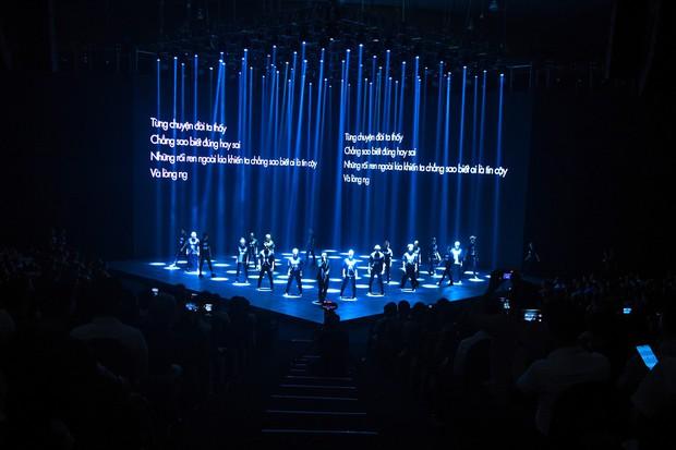 Rhymastic thể hiện ca khúc mới toanh mang tên Mạng, đốt cháy sân khấu mở màn hoành tráng của sự kiện ra mắt MXH Lotus! - Ảnh 5.
