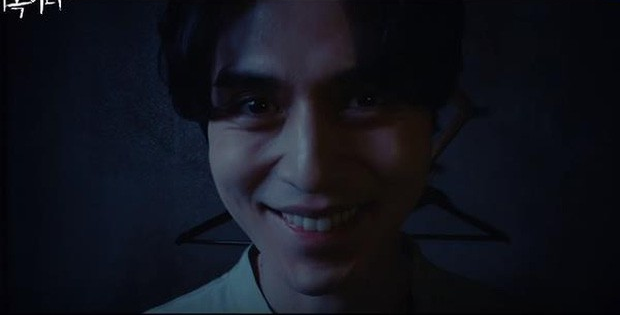 2 bác sĩ hot nhất màn ảnh châu Á: Lee Dong Wook đáng sợ nhưng thua xa Sunny (Yêu Chàng Cấp Cứu) ở điểm này - Ảnh 4.