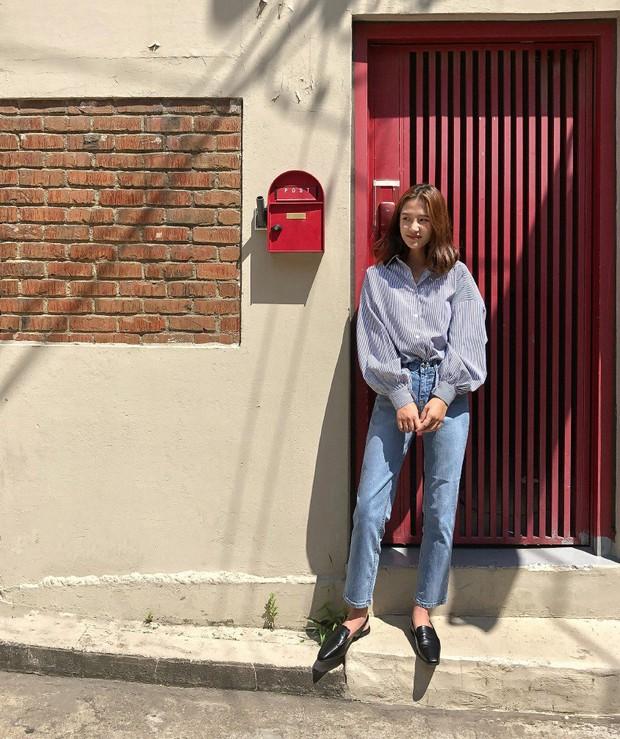 Có một kiểu áo sơ mi đang rất được lòng các sao nữ xứ Hàn: Diện lên trẻ trung, thu gọn vóc dáng và hơn thế nữa - Ảnh 14.