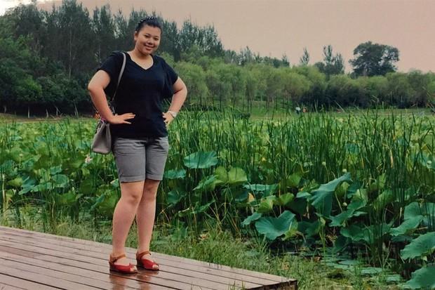 Giảm shock 36 kg, cô gái từng mắc hội chứng sợ soi gương hóa nữ thần MXH - Ảnh 2.