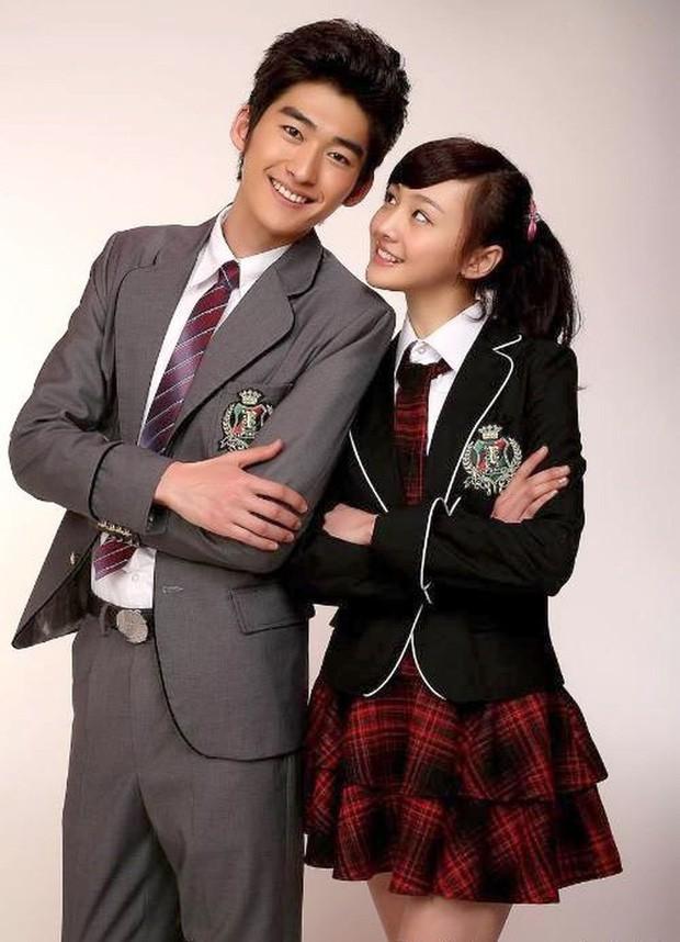 Từng được ship điên đảo, 5 cặp đôi châu Á lại khiến fan vỡ mộng: Gary cạch mặt Song Ji Hyo, nàng cỏ cà khịa chồng - Ảnh 19.