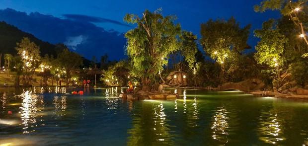 Ngay tại Việt Nam cũng có ngôi làng người lùn đẹp như xứ sở thần tiên được giới trẻ check in rần rần - Ảnh 9.