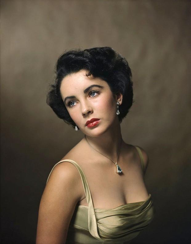 Hot trở lại 10 mỹ nhân Hollywood đẹp nhất thập niên 50: Toàn huyền thoại mọi thời đại, nữ thần thời nay sao đọ lại? - Ảnh 5.