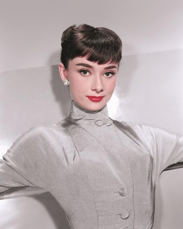 Hot trở lại 10 mỹ nhân Hollywood đẹp nhất thập niên 50: Toàn huyền thoại mọi thời đại, nữ thần thời nay sao đọ lại? - Ảnh 3.