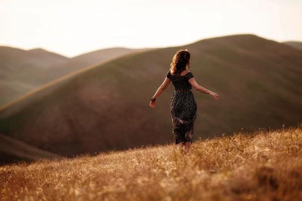 Con gái thất tình: sao em không thử lau nước mắt bằng tình yêu mới, vì con gái ai cũng nên đi du lịch 1 mình ít nhất 1 lần trong đời - Ảnh 2.