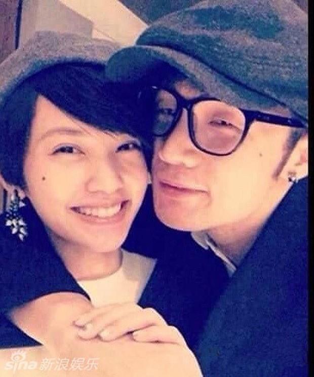 Giáo chủ khả ái Dương Thừa Lâm cuối cùng cũng kết hôn, thanh xuân bao thế hệ đã thực sự làm vợ nhà người ta rồi - Ảnh 6.