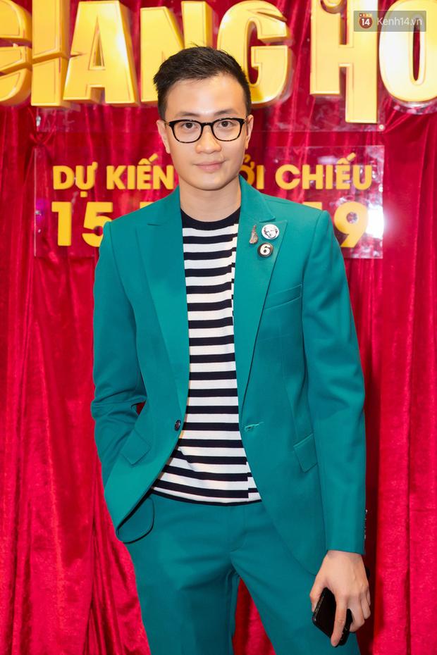 Minh Tú tóc bết sương sương, bị Lương Mạnh Hải tích cực bóc phốt tại thảm đỏ ra mắt phim Hoa Hậu Giang Hồ - Ảnh 5.