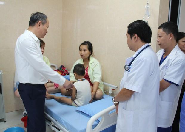 Phú Thọ: 80 trẻ mầm non nhập viện nghi ngộ độc thực phẩm - Ảnh 3.
