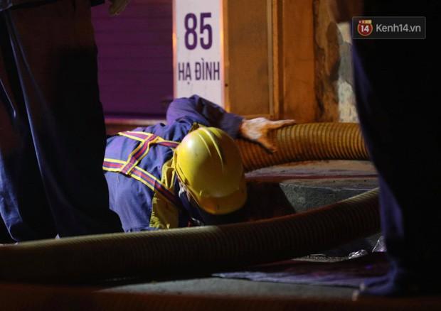 Hà Nội họp báo thông tin nguyên nhân vụ cháy Công ty Rạng Đông, tình hình sức khỏe của hàng nghìn người gần hiện trường - Ảnh 4.