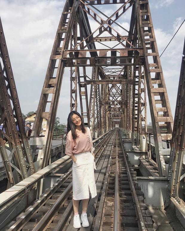 """2 địa điểm bị cấm quay phim, chụp ảnh ở Việt Nam: Khi biển cảnh báo cũng """"chịu thua"""" trước đam mê sống ảo của giới trẻ - Ảnh 3."""