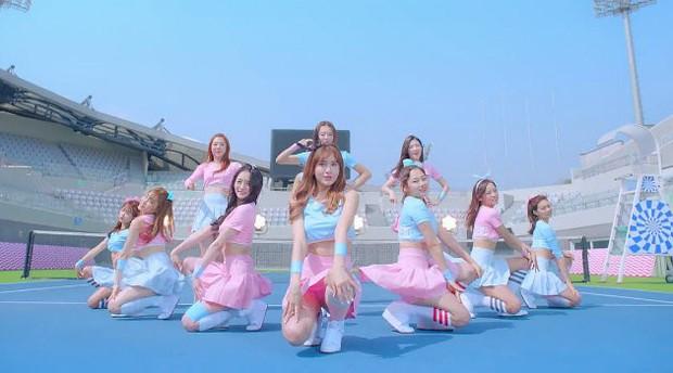 """Ca khúc debut huyền thoại của các nhóm từ show sống còn Produce: Bài được chọn không bất ngờ bằng bài bị Knet đồng lòng """"xua đuổi"""" - Ảnh 6."""