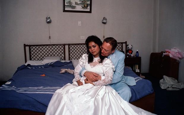 Loạt website giới thiệu cô dâu Philippines muốn lấy chồng ngoại, chấp nhận bị trưng bày như hàng hóa để đổi đời nhưng hầu hết là lừa đảo - Ảnh 1.