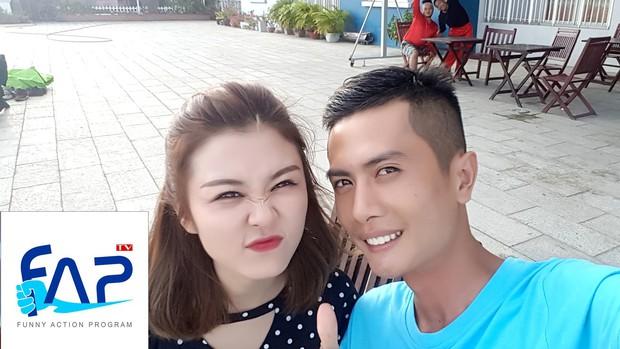 Soi bằng chứng Huỳnh Phương đào hoa nhất FAP TV: Hôn bạn gái cũ trên sóng truyền hình, công khai yêu chị đẹp Sĩ Thanh lệch 6 tuổi - Ảnh 11.