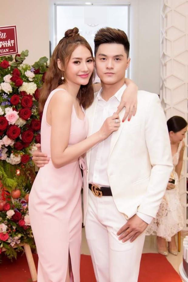 Đón sinh nhật bên Lâm Vinh Hải, Linh Chi gây sốt khi hạnh phúc tuyên bố: Hôm nay em chính thức là vợ anh - Ảnh 3.