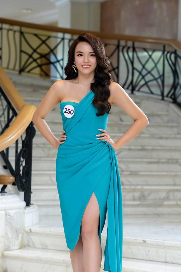 Nhan sắc chênh lệch của thí sinh Hoa hậu Hoàn vũ miền Bắc: Người được khen vì xinh lạ, kẻ lộ rõ khuyết điểm kém xinh - Ảnh 12.