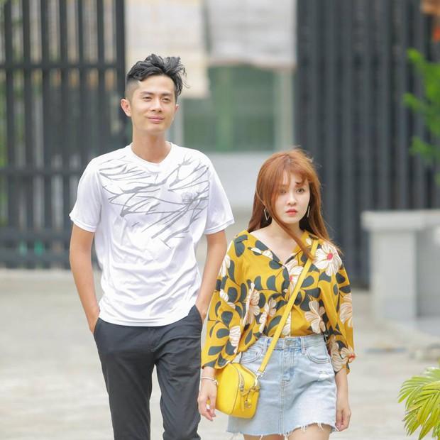 Soi ra bằng chứng hẹn hò hiếm hoi của Sĩ Thanh và Huỳnh Phương, còn khéo tạo bình phong là em trai mưa! - Ảnh 5.