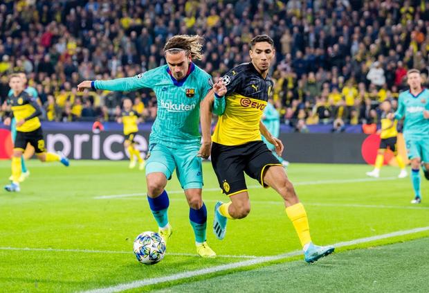 Messi nhạt nhòa ngày trở lại sân cỏ, Barca hú hồn rời sân Dortmund với 1 điểm - Ảnh 1.