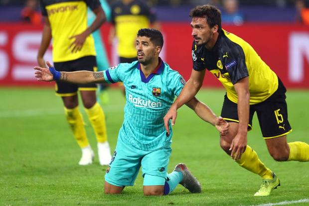 Messi nhạt nhòa ngày trở lại sân cỏ, Barca hú hồn rời sân Dortmund với 1 điểm - Ảnh 2.