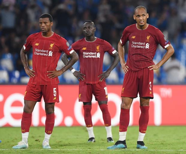 Trung vệ hay nhất thế giới biếu cho đối thủ bàn thắng, ĐKVĐ Liverpool thua trắng ở trận ra quân Champions League - Ảnh 1.